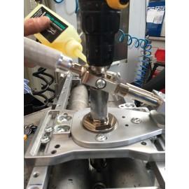 Odwiercanie złamanej śruby mocującej wtryskiwacz TRIUMF PROFESSIONAL